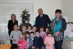 FOUNDATION CHRISTOFOR BUNARDZIEV WITH A DONATION FOR THE CHILDREN
