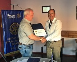 Dr. Eng. Hristofor Bunardzhiev received the Paul Harris Award from the Rotary Foundation