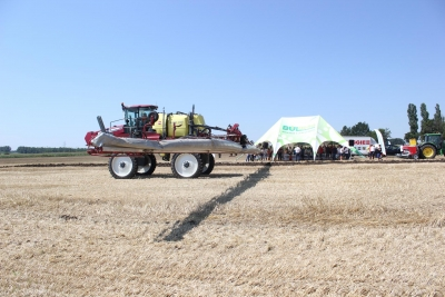 The self-propelled sprayer of Hardi is a couple of levels above the other machines we have