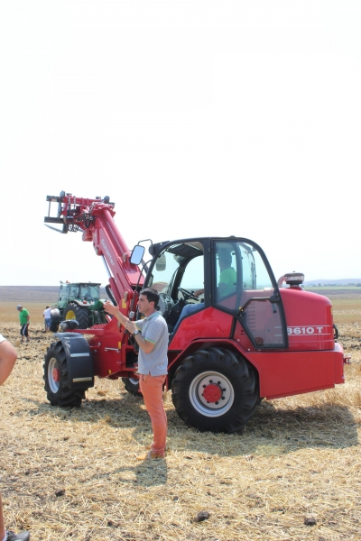FIELD DEMONSTRATION POLSKI IZVOR VILLAGE 2015