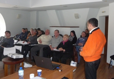 REGIONAL SEMINAR FOR ORCHARD AND VINEYARD FARMING 2013